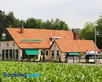 Hotel de Lindeboom - Winterswijk - Building