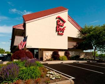 Red Roof Inn Pittsburgh North Cranberry Township - Cranberry Township - Building