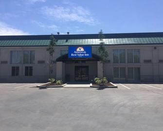 Americas Best Value Inn & Suites Boise - Boise - Gebouw