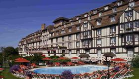 Hôtel du Golf Barrière - Deauville - Bâtiment
