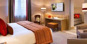 Hôtel Barrière L'hôtel Du Golf Deauville - דואו-וויל - חדר שינה