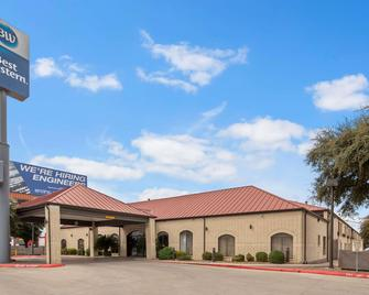Best Western Ingram Park Inn - San Antonio - Building