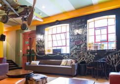 Sky Backpackers - Dublin - Lounge