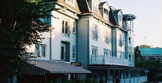 Mansion House Inn And Spa - Vineyard Haven