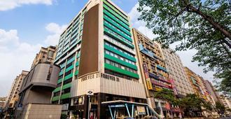 Green World Hotels Zhongxiao - טאיפיי - בניין