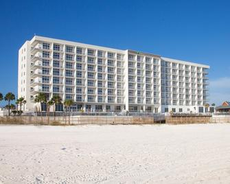Holiday Inn Express & Suites Panama City Beach - BeachFront - Panama City Beach - Building