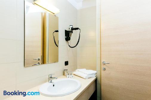 Hotel Residenza Gra 21 - Rome - Bathroom