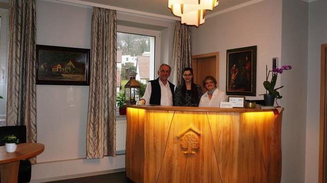Hotel An der Eiche - Kulmbach - Front desk