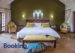 Perry's Bridge Hollow Boutique Hotel - Hazyview - Schlafzimmer