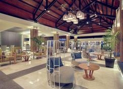 Mercure Manado Tateli Resort and Convention - Kota Manado - Bangunan