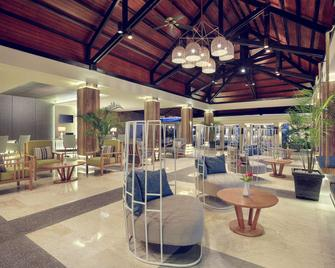 Mercure Manado Tateli Resort and Convention - Kota Manado - Bangunan