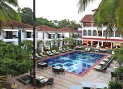 Keys Select Ronil Resort Goa - Baga - Pool
