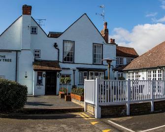 Yew Tree Inn Hotel - Bishop's Stortford - Edificio