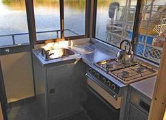 Corroboree Houseboats - Point Stuart - Kitchen
