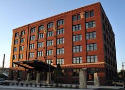 The Iron Horse Hotel - Milwaukee - Bina