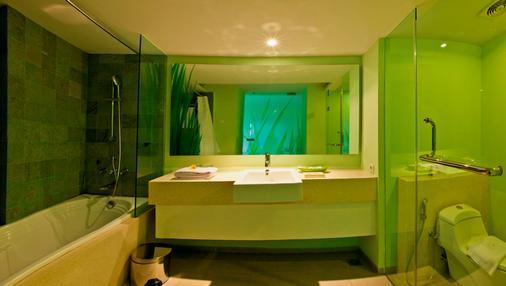 峇里島庫塔伊甸酒店 - 道吉亞酒店管理 - 庫塔 - 庫塔 - 浴室