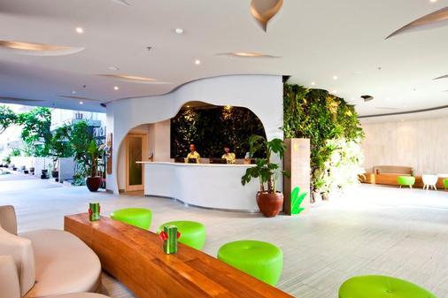 峇里島庫塔伊甸酒店 - 道吉亞酒店管理 - 庫塔 - 庫塔 - 櫃檯