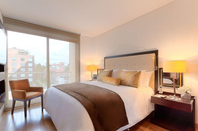 93 Luxury Suites and Residences - Bogotá - Bedroom