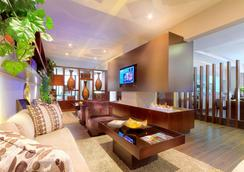 93 Luxury Suites and Residences - Bogotá - Lounge