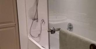 Onomo Hotel Cape Town - Inn On The Square - Cape Town - Bathroom