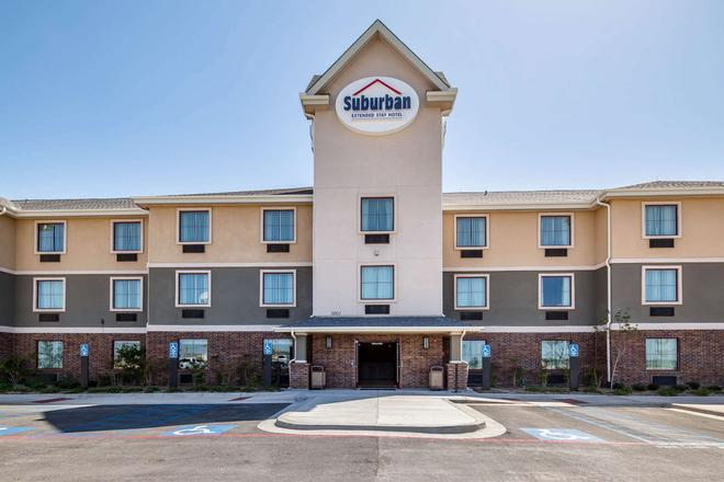 Suburban Extended Stay Hotel - Midland - Building