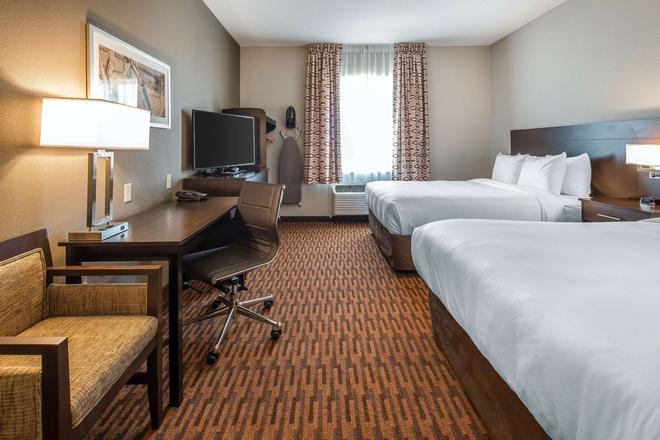 Suburban Extended Stay Hotel - Midland - Bedroom
