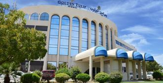 Golden Tulip Seeb - มัสกัต