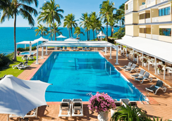 Coral Sea Marina Resort - Airlie Beach - Pool