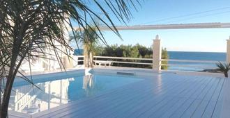 海灘酒店 - 莫諾波利 - 莫諾波利 - 游泳池