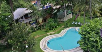 Kokosnuss Garden Resort - Coron