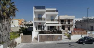 Bella Costa - Porto Cesareo - Building