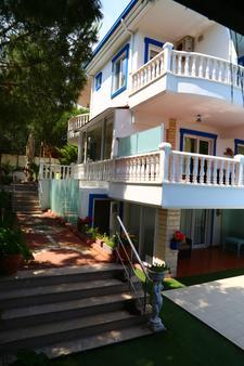Guzelyali Hotel - Ayvalık - Toà nhà
