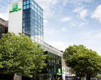 Holiday Inn Bristol City Centre - Бристоль - Здание