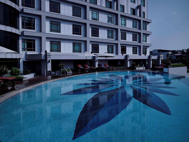Pullman Hanoi - Hanoi - Pool