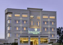 Lemon Tree Hotel Jammu - Jammu - Building