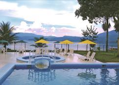 Laguna Azul - Sauce - Pool
