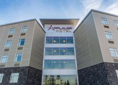 Applause Hotel By Clique - Calgary - Edificio