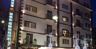 Hotel San Pietro - Napoli - Bygning