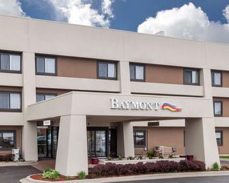 Baymont Inn & Suites Glenview - Glenview - Building