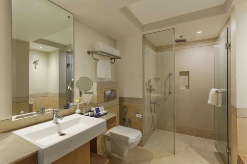 尊爵公園廣場酒店 - 勒希安納 - 盧迪亞納 - 浴室