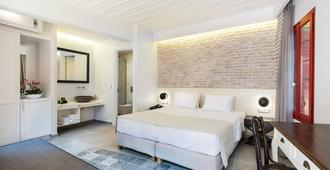 Hotel Off - Chania - Schlafzimmer