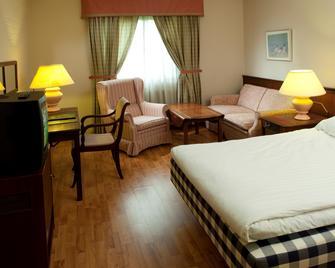 Best Western Hotel Scheele - Köping - Bedroom