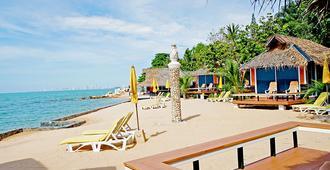 Sunset Village Beach Resort - Sattahip - Παραλία