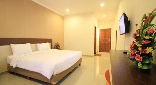 Gowin Hotel - Kuta - Bedroom