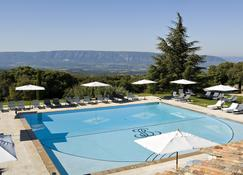 Hotel Les Bories & Spa - กอร์ดส์ - สระว่ายน้ำ