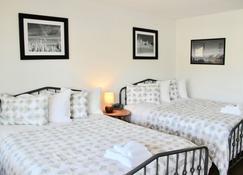Chalet Motel Whitefish - Whitefish - Bedroom