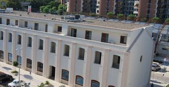 Residence Trani - Trani - Edificio