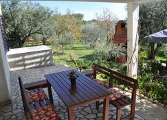 Dolac Guesthouse - Zadar - Uteplats