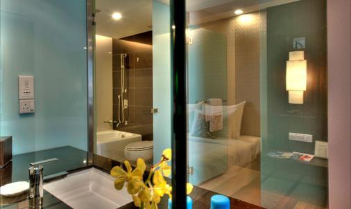 Seri Pacific Hotel Kuala Lumpur - Kuala Lumpur - Bathroom