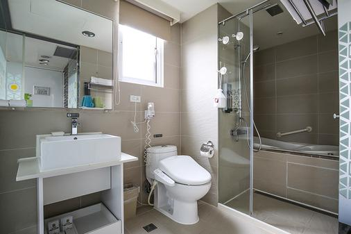 Dandy Hotel Daan Park Branch - Taipei - Bathroom